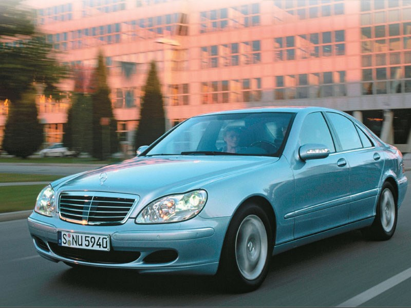 mercedes benz w220 s class buyers guide. Black Bedroom Furniture Sets. Home Design Ideas