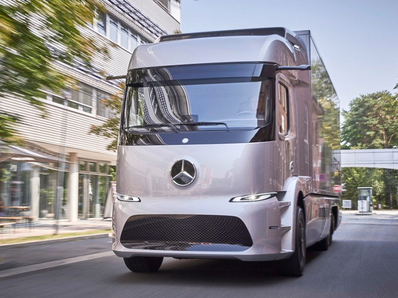 Mercedes-Benz all electric Urban eTruck starts operator trials 16 February 2017