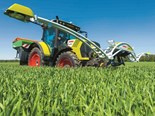 Claas's new crop sensor can determine optimal nitrogen requirements on a plot-specific basis and calculate application information online
