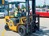 Reliable CAT GP25N forklift.