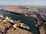 DP World and Toll have joined forces to reduce truck movements into and out of Port Botany.