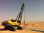 Volvo's PL4608 rotating pipelayer at work on Saudi Arabia's Khurais oilfield.