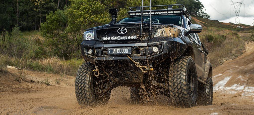 Custom 4x4: Toyota Hilux SR5