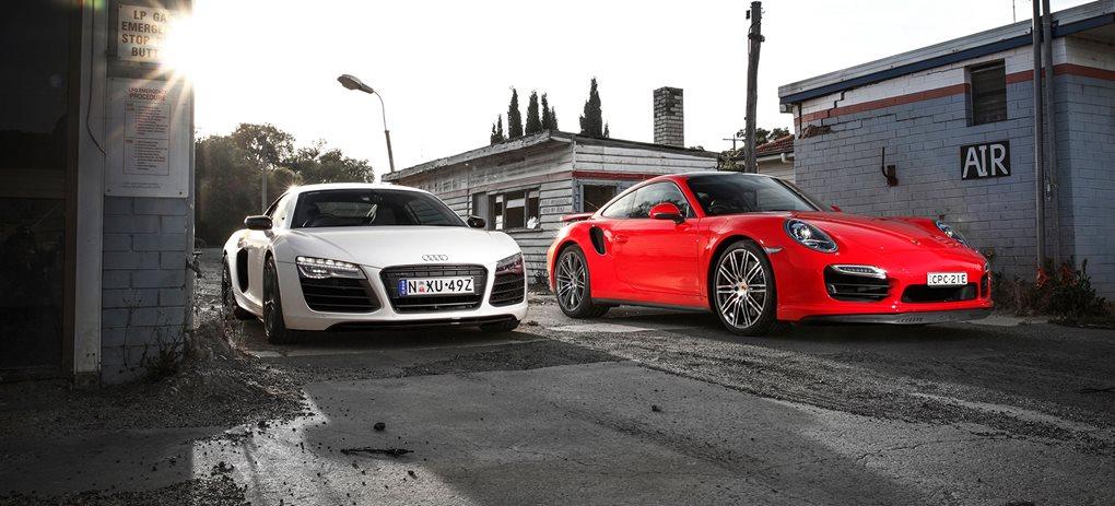 911 Turbo vs R8 V10 Plus