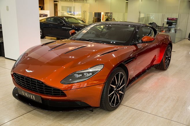 Aston Martin to build 99 Vanquish Zagatos