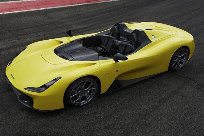 Dallara Stradale mixes carbon-fiber lightness with 400 HP