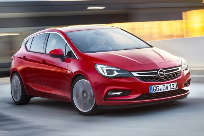 2017 holden astra first official pics wheels