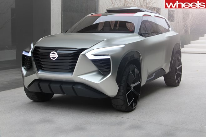 Nissan Xmotion Concept Crosses Old-World Design With New-School Tech