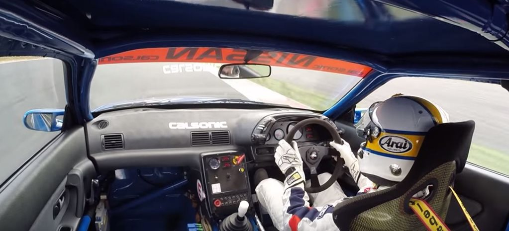 Calsonic Nissan R32 GT R tested on Fuji Raceway