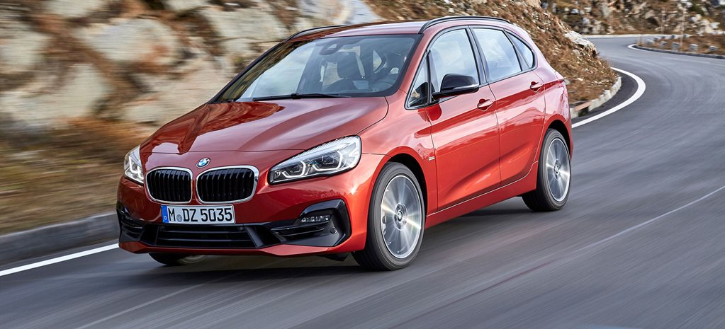 2018 BMW 2 Series Active Tourer front dynamic_wide