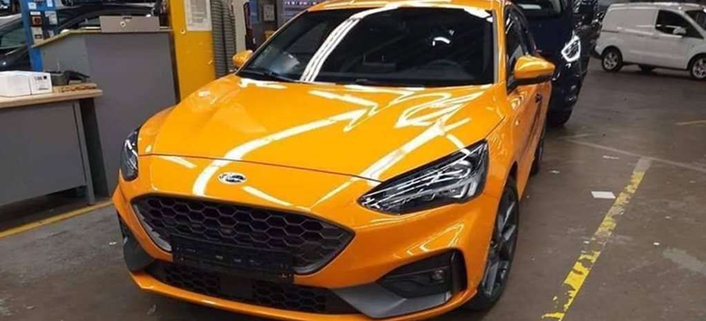 2019 Ford Focus ST photos surface news