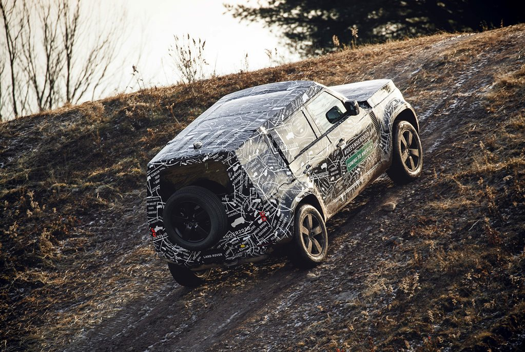 Land Rover Defender returns in 2020