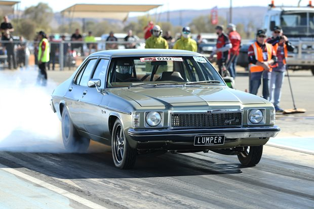 1400hp twin-turbo LS HZ Kingswood Drag Challenge contender - Video