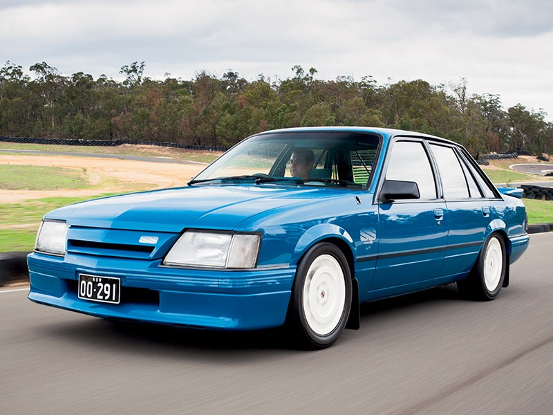 Holden Vk Commodore Race Car Rothmans