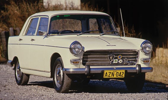 Peugeot 404 Review