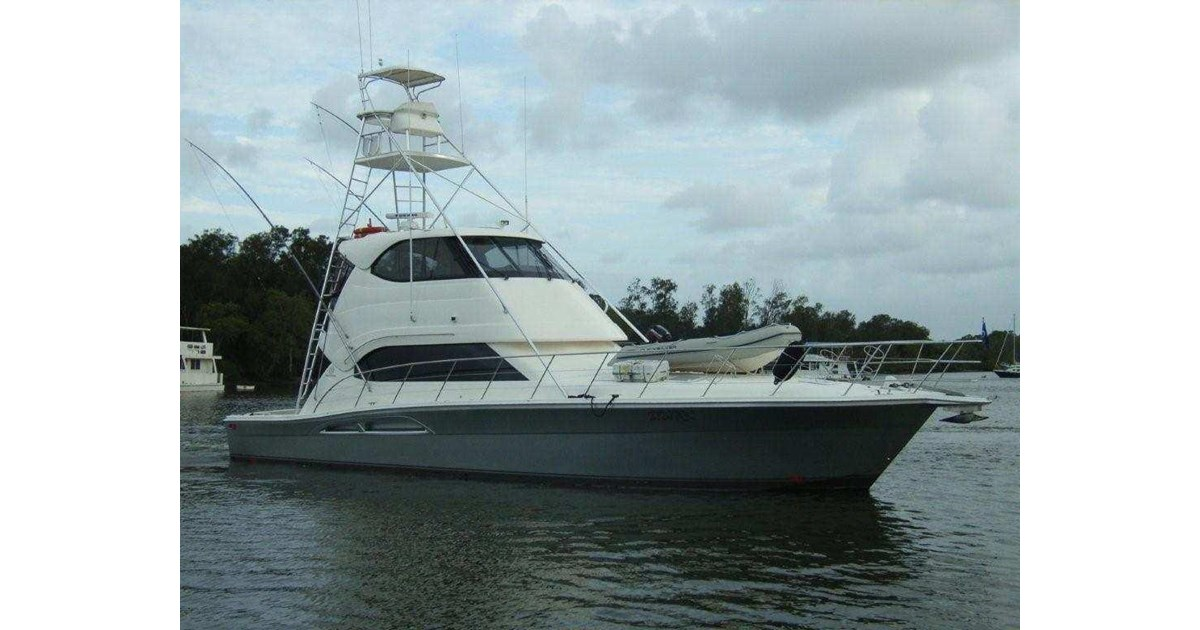 Riviera 51 Enclosed Flybridge Game Fishing Boat For Sale