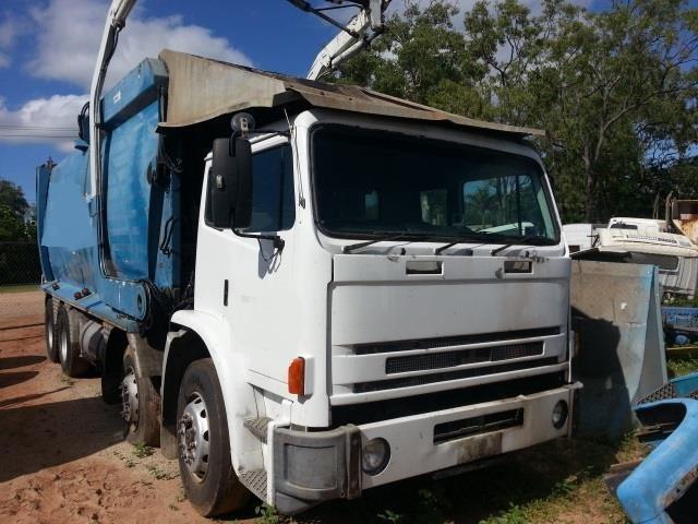 2001 international acco 2350g dismantling rh tradetrucks com au