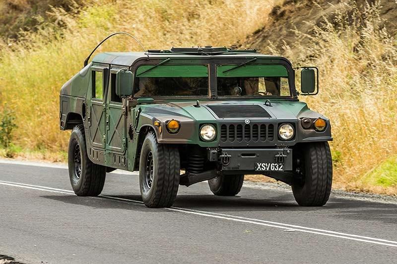 Allan Moffat's Humvee Review