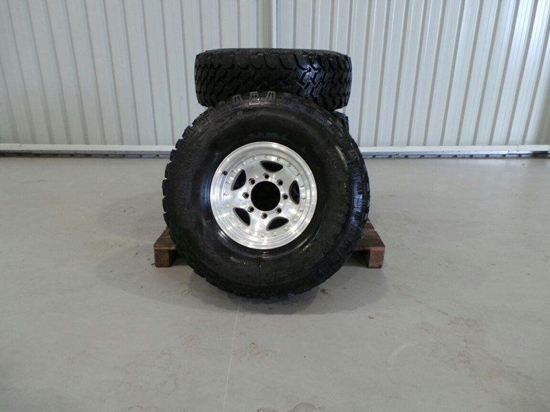 pro comp f truck 4x4 tyres 236467 002