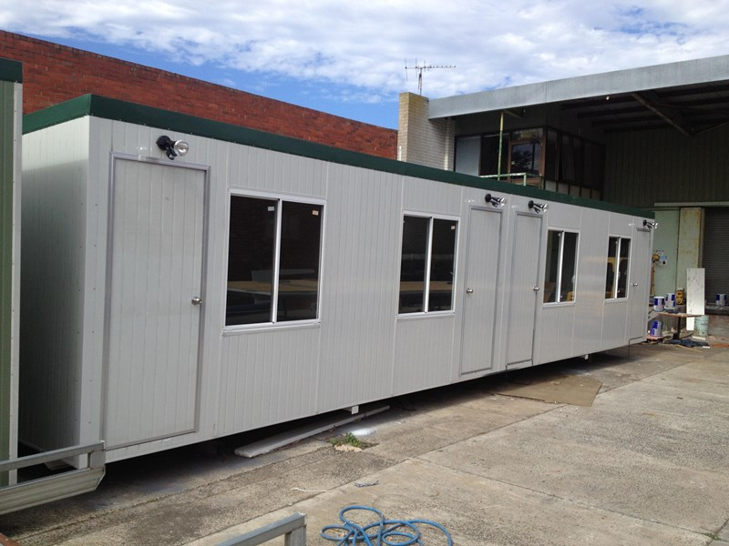 e i group portables 12m x 3m four room accommodationfully optioned 133868 005