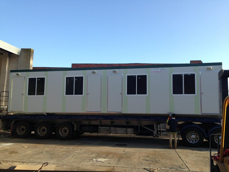 e i group portables 12m x 3m four room accommodationfully optioned 133868 001