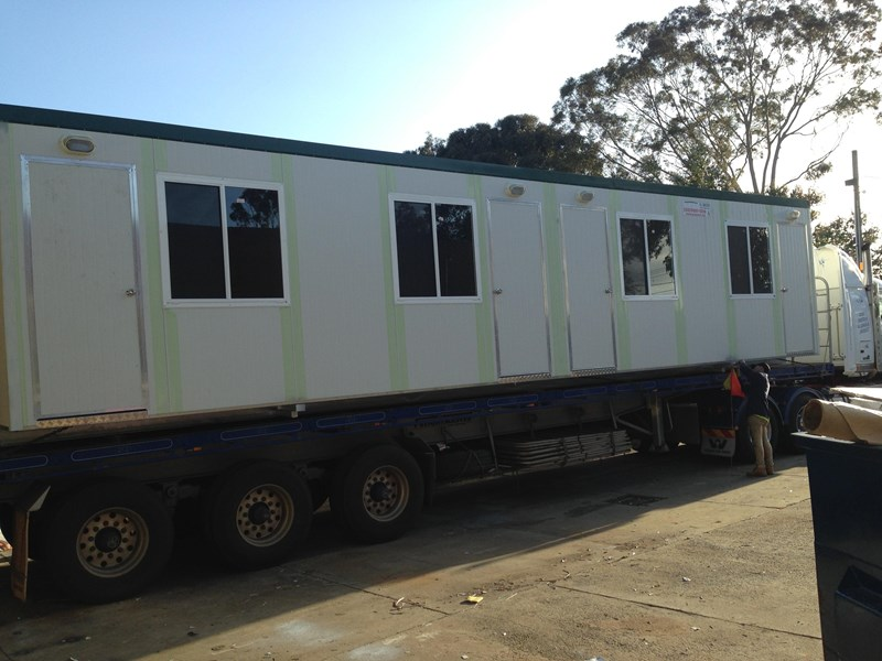 e i group portables 12m x 3m four room accommodationfully optioned 133868 006