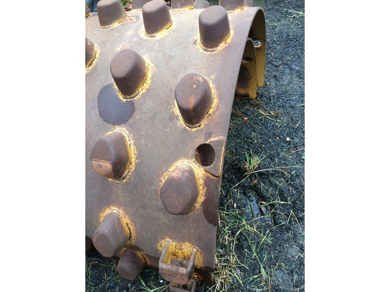 pad foot shells caterpillar 188871 001