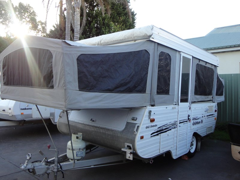 goldstream rv sovereign 209937 002