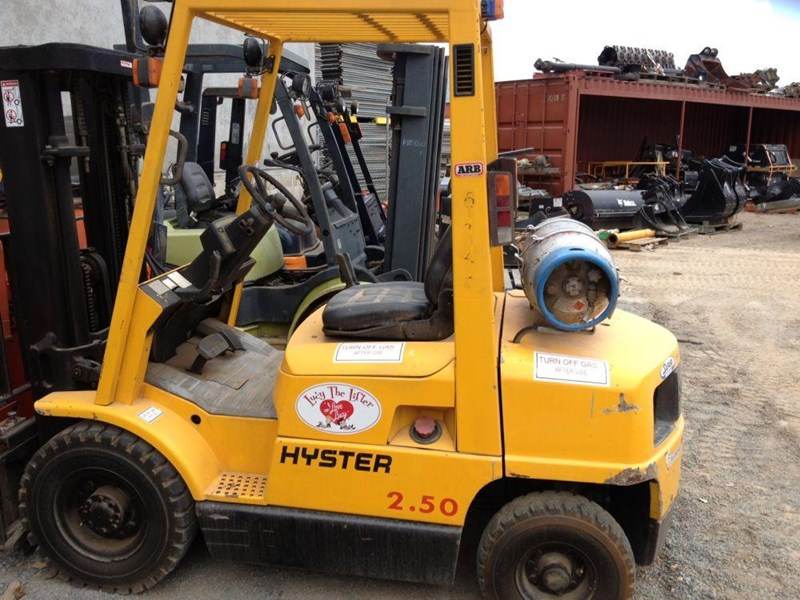 hyster h2.50 270831 001
