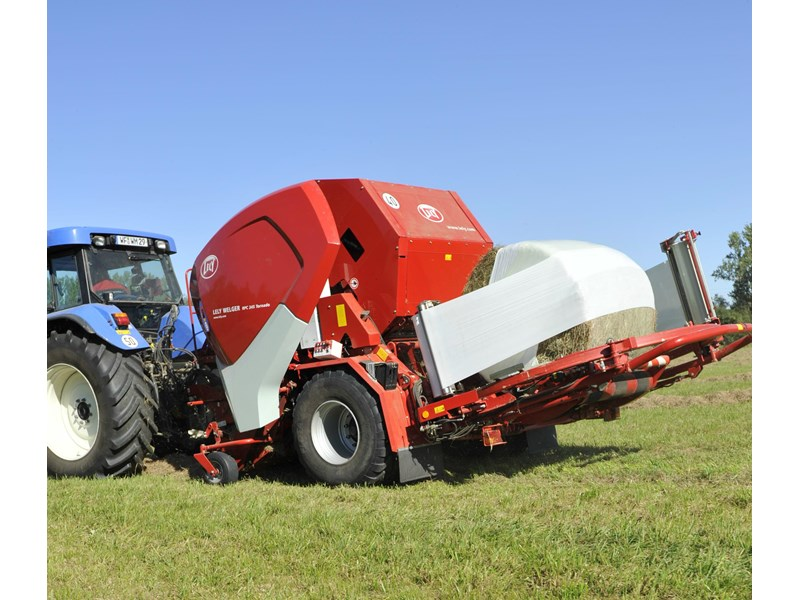 lely welger rpc 245 tornado fixed round baler wrapper combination 280706 004