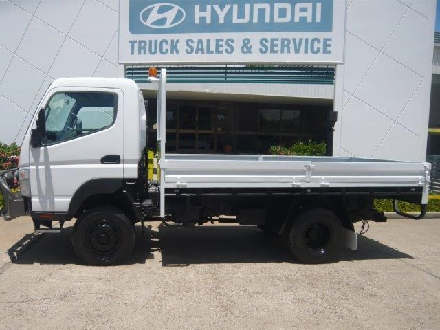 2009 MITSUBISHI CANTER 4X4 **CAR LICENCE** for sale $42,900