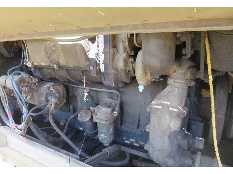 unknown trailer mounted generator 320436 007