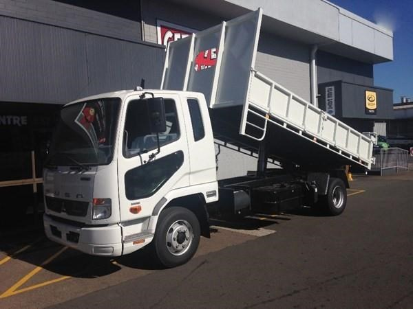 fuso fighter 1024 328793 001