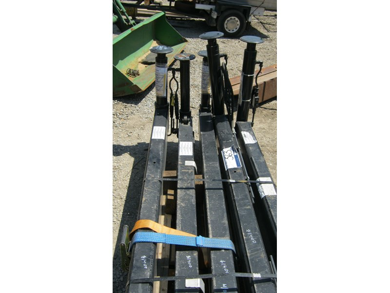 stabiliser legs (new) off hiab cranes 336964 006