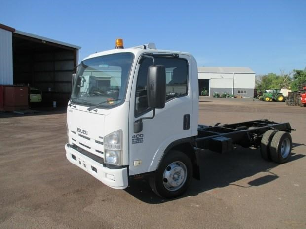 isuzu npr400 medium 340132 002