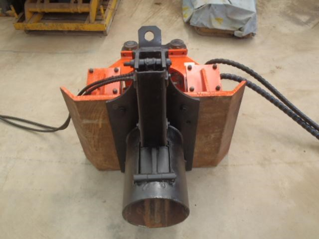 pneuvibe hire - cp300 pile driver 351957 008