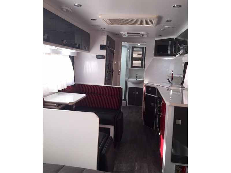 traveller utopia 23' delux ensuite outback 356176 015