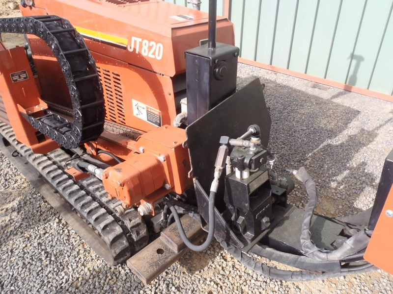 ditch witch jt820 398118 009