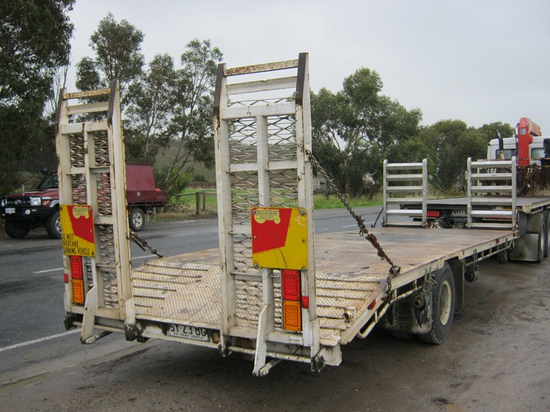 tieman dog trailer 408805 001