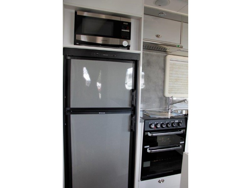 "goldstream rv rhino  ""reduced"" one only save $4,739 409428 021"
