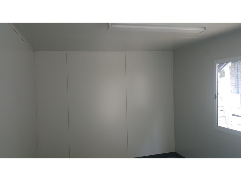e i group portables 6m x 3m for hire $75 pw 411119 005