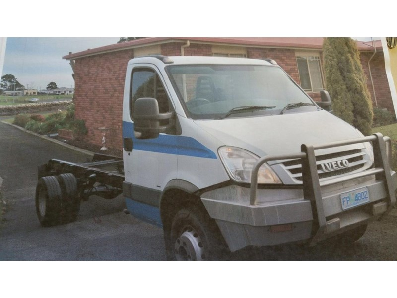 iveco daily 414053 001