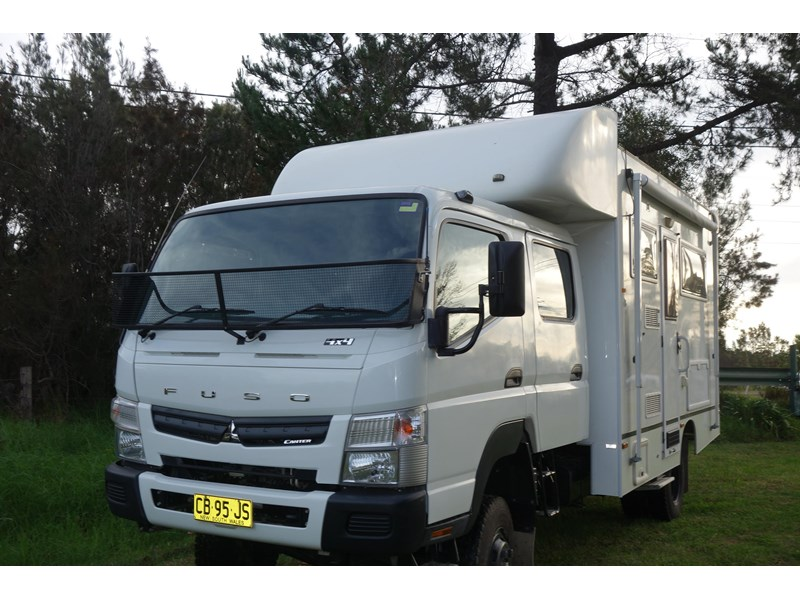 2013 mitsubishi canter for sale in doyalson nsw 135 000