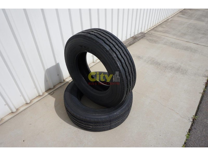 triangle 265/70r19.5 tr675 18 ply trailer / steer tyre 423980 002