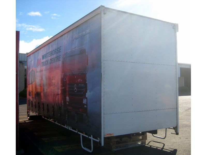 all truck 12 pallet curtainsider body 406731 018