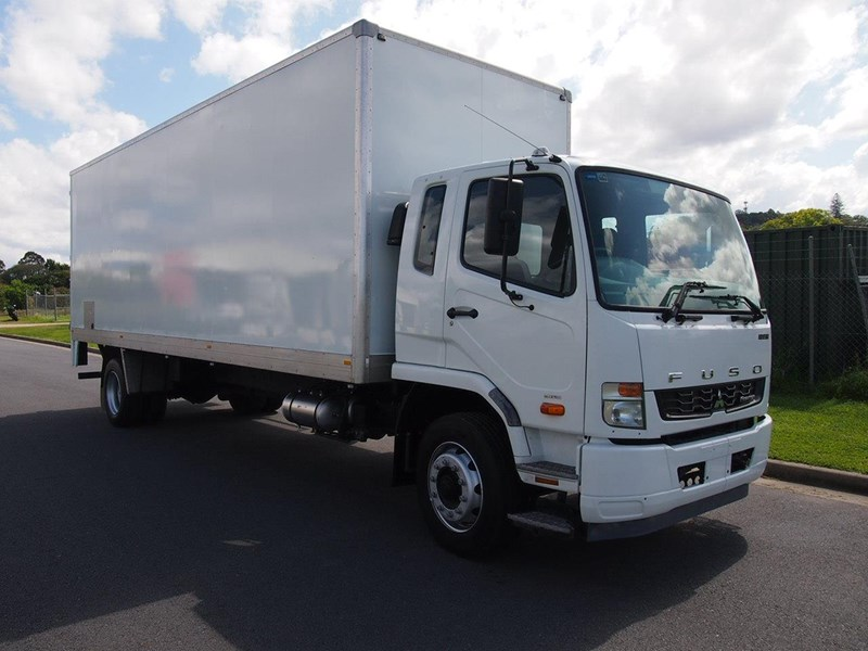 fuso fighter 1627 428346 002