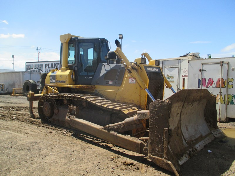 komatsu d65ex-15 dozer (also available for hire) 434804 007