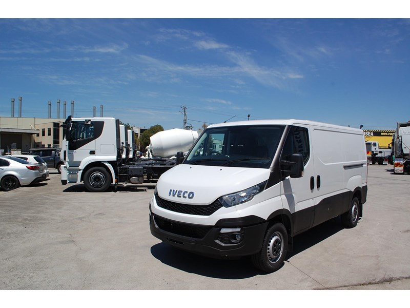 iveco daily 35s13 414622 002