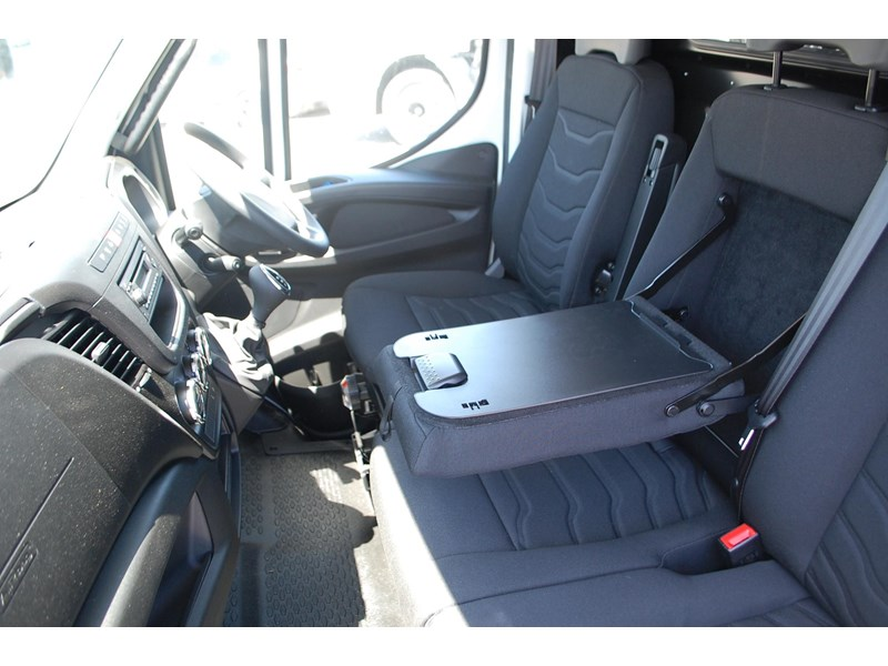 iveco daily 35s13 414622 019
