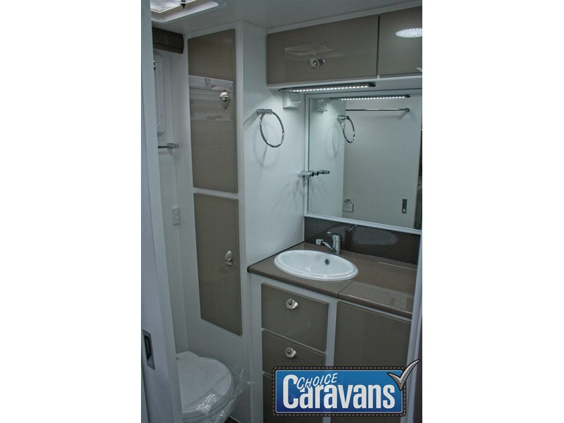 retreat caravans whitsunday 199r 452838 020